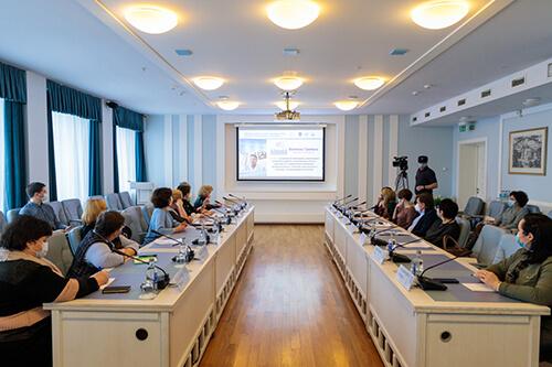 Проведение научно-практического семинара с международным участием Проблемные вопросы оказания медицинской помощи пациентам с болезнью Грейвса в г. Минске